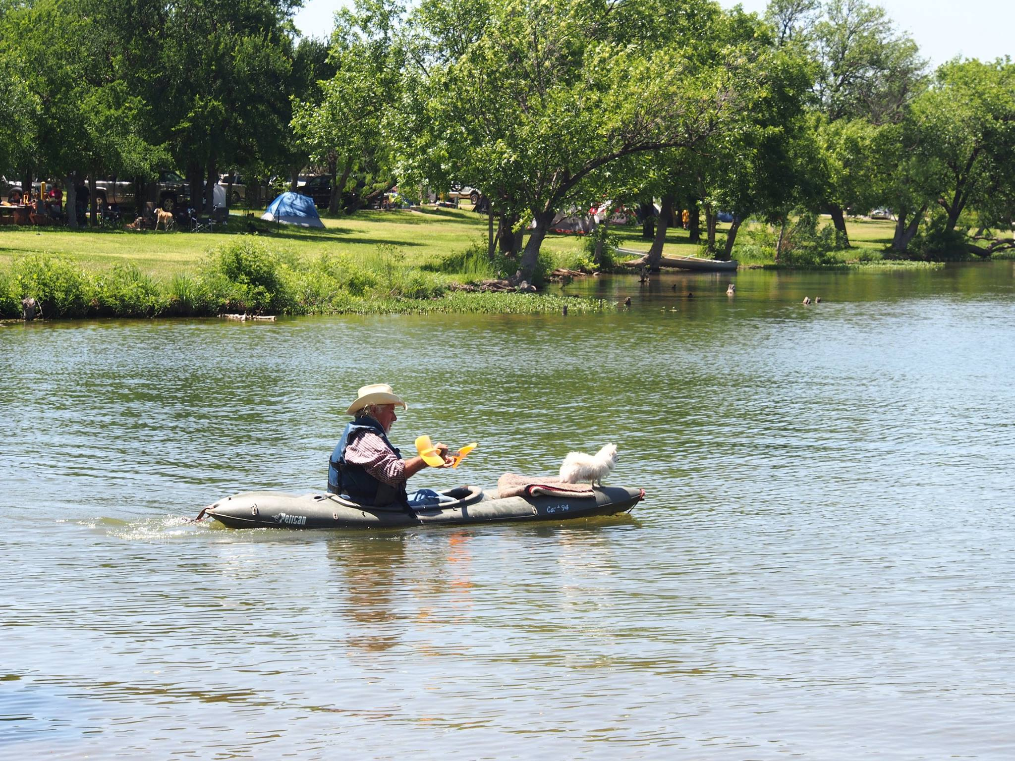 inks-lake-state-park-boatman