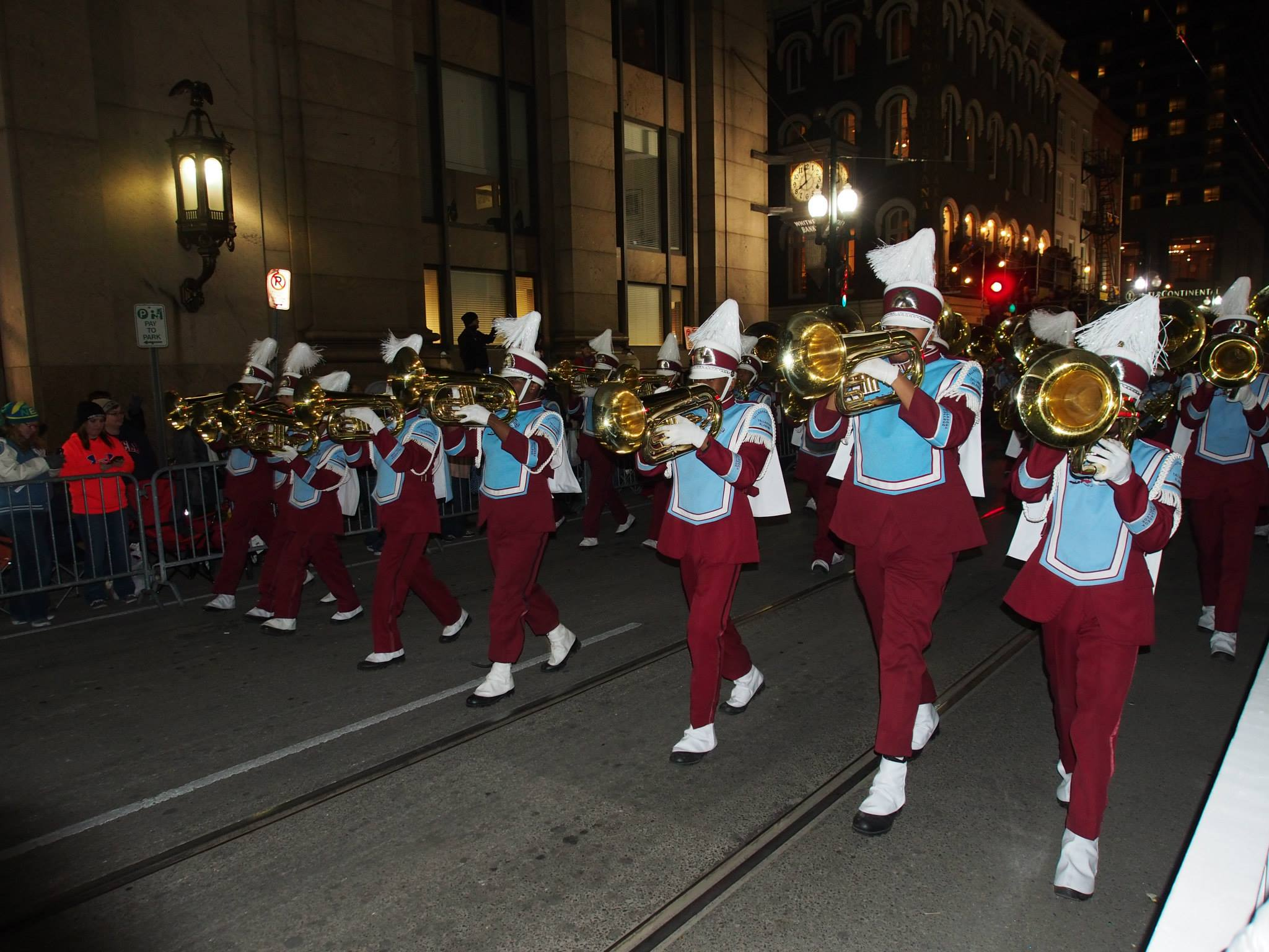 mardi-gras-parade-new-orleans-3