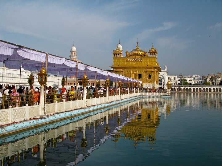 golden-temple-amritsar-day