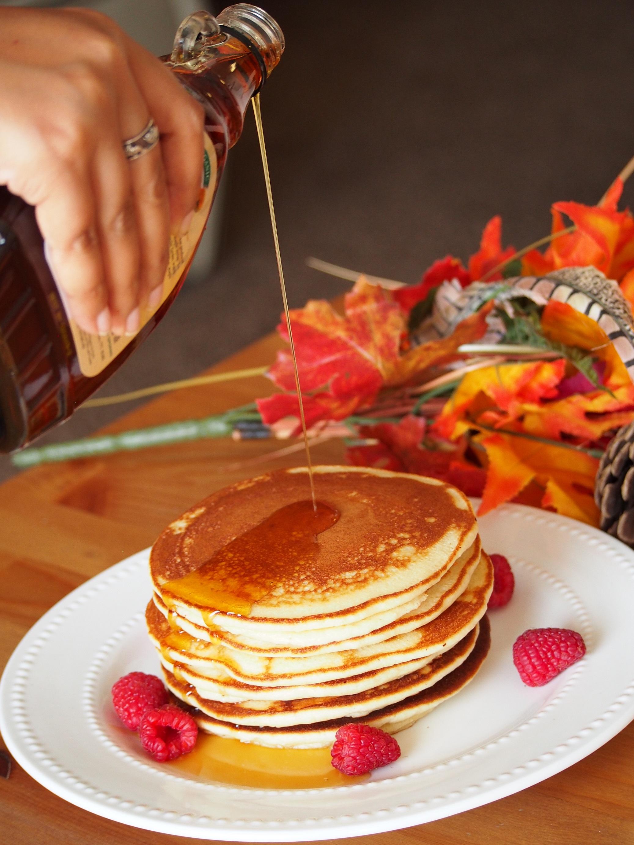 almond-flour-pancakes-girlinchief