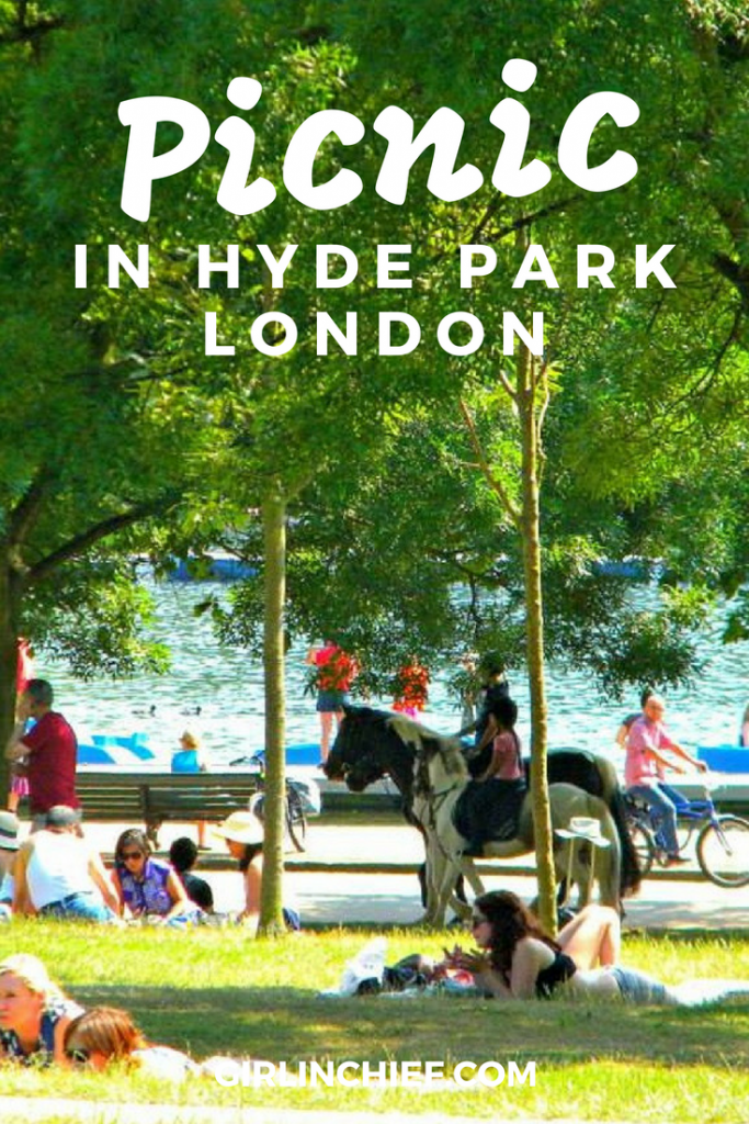 Picnic in Hyde Park, London #london #hydepark #picnic #summer #picnicessentials