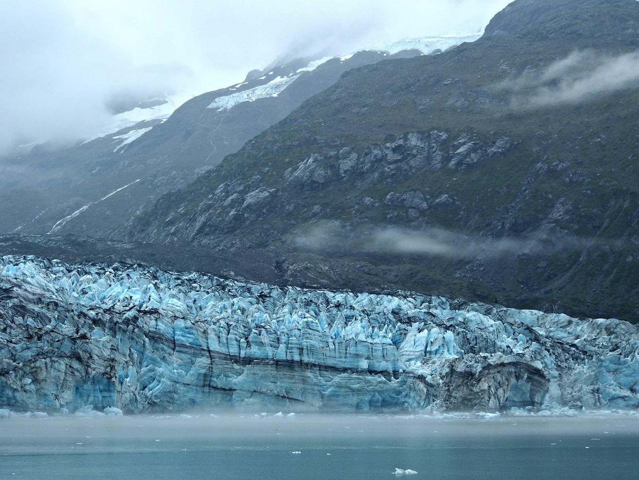girlinchief-cruising-through-glacier-bay-alaska